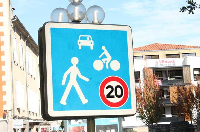 Le centre historique de Foix devient zone de rencontre